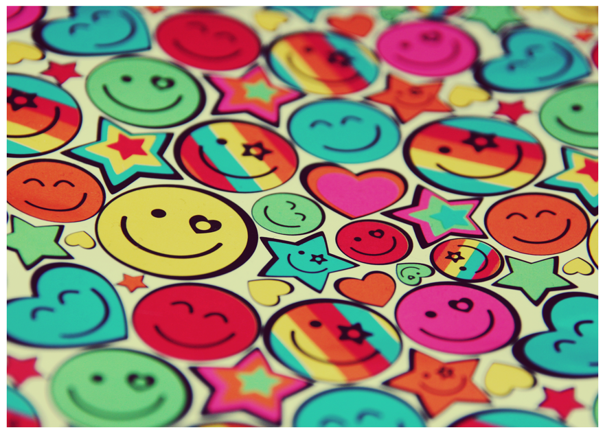 http://fc09.deviantart.net/fs70/f/2009/357/b/f/Colourful_Smiles_by_FlyawayFlicks.png