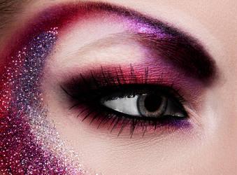 Glitter eye by Ehinokokus