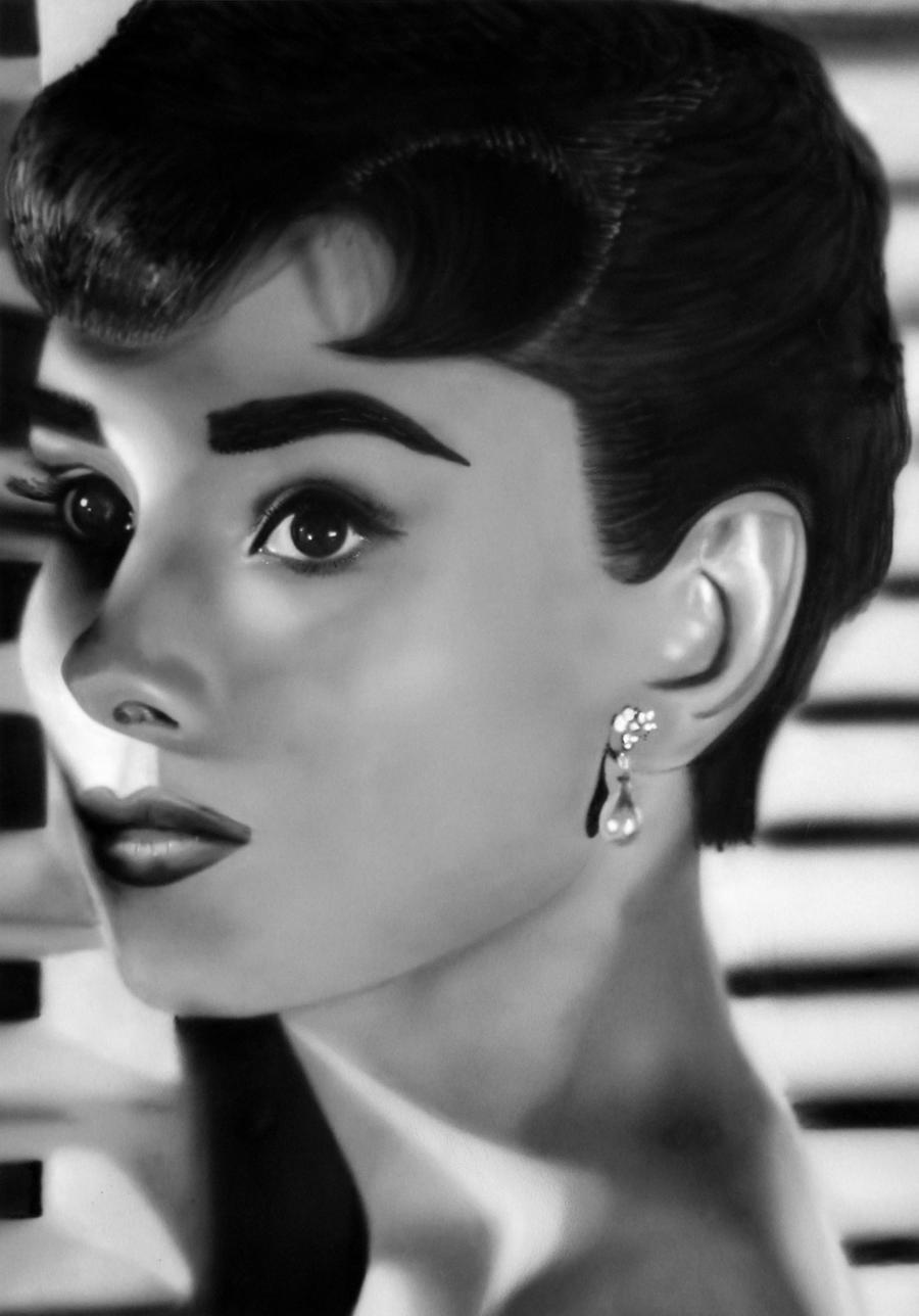 Audrey Hepburn by DogCatPie