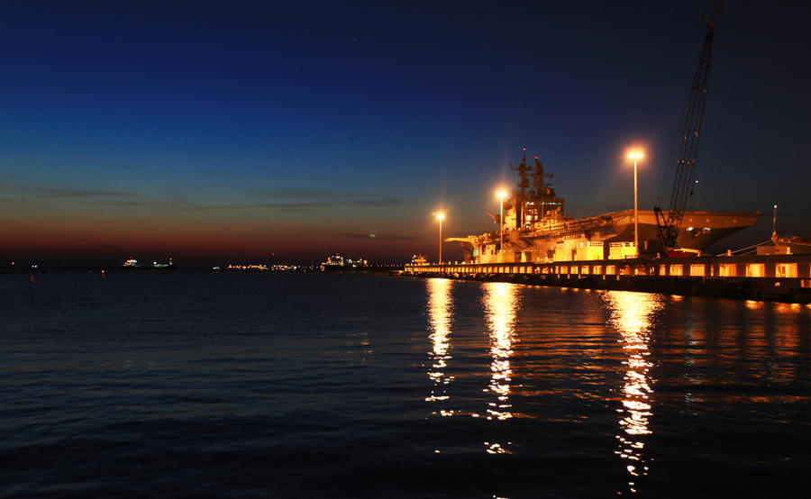 USS Iwo Jima at Night by greenboyxxx