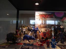 BotCon 2015 Exclusive Toys 1.16