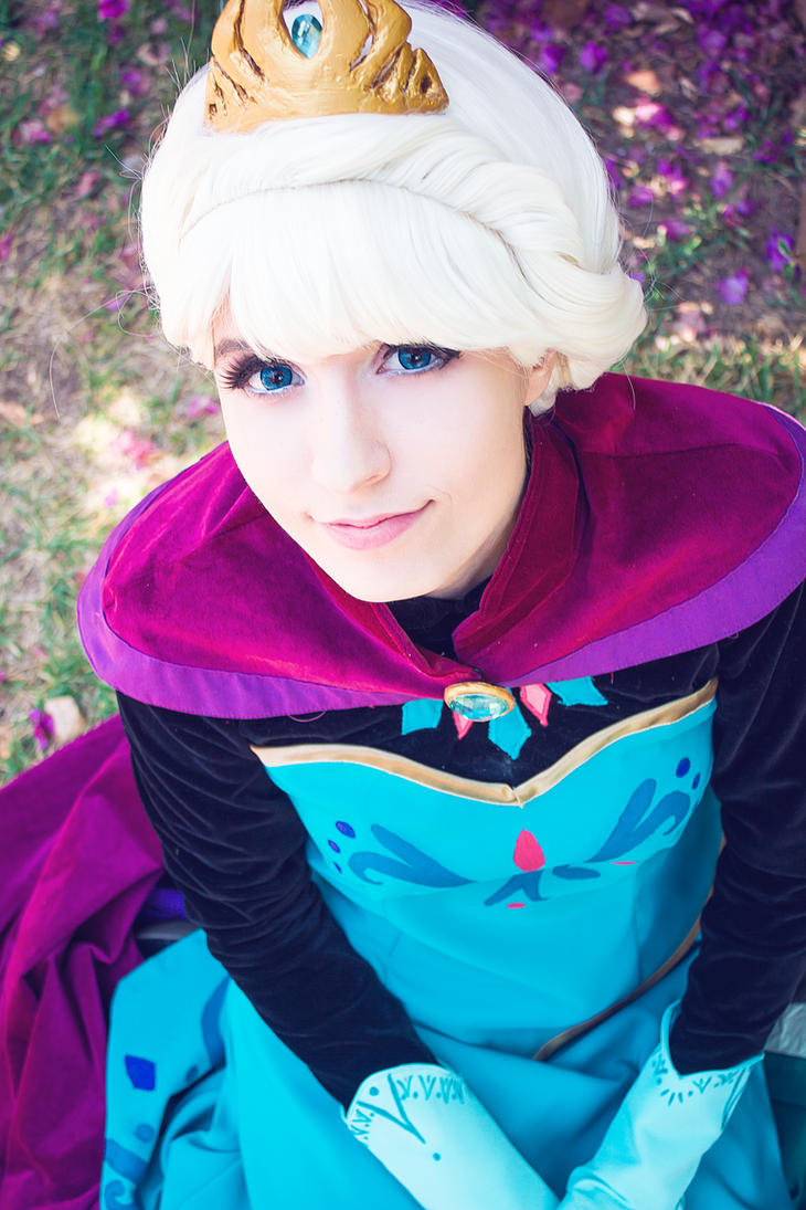 Elsa, Frozen (Coronation) by Doriri-chan
