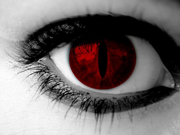 Kyuubi Eyes by HyuugaKarasu