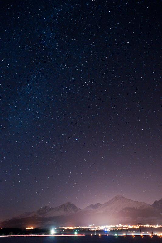 Tatra at night by Dunadan-from-Bag-End