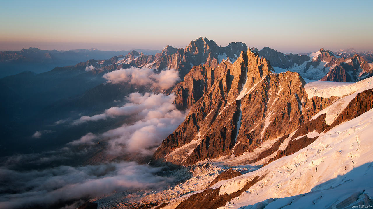 Aig. du Midi at sunset by Dunadan-from-Bag-End