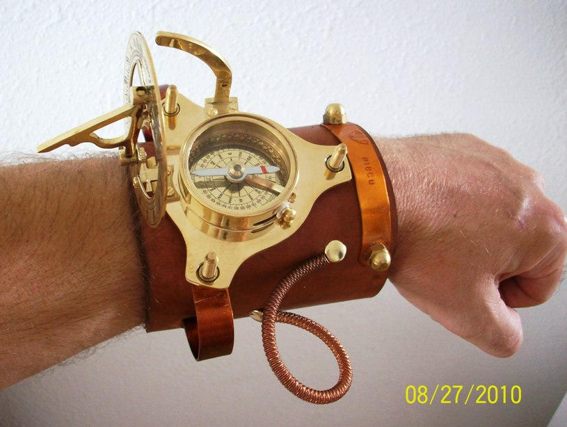 sundial_wristwatch_with_compass_by_coppe