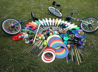 Juggling Stuff :D by Anneroosje
