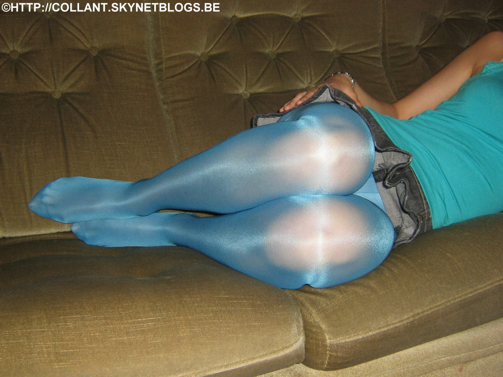 Blue Pantyhose In 59