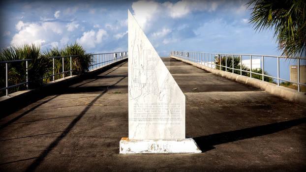 LC14 Monument
