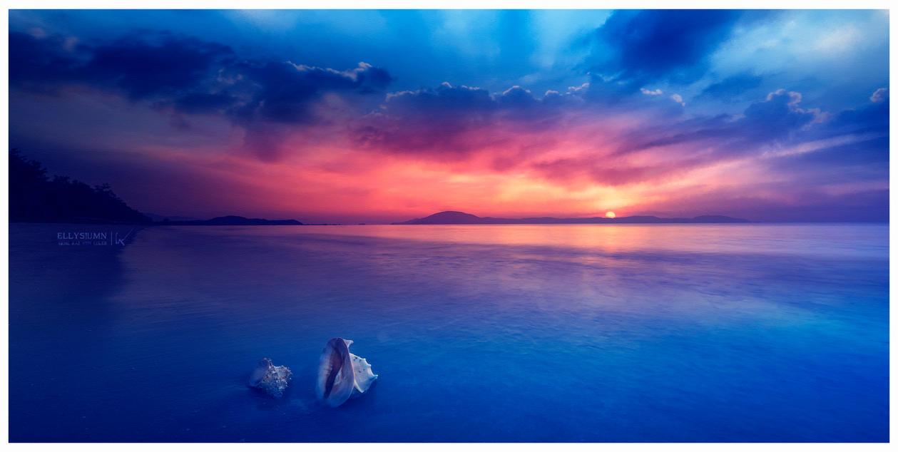 Two skies by Ellysiumn