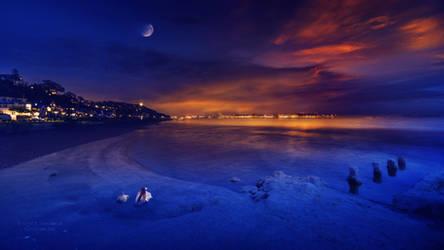 Golden sunset by Ellysiumn