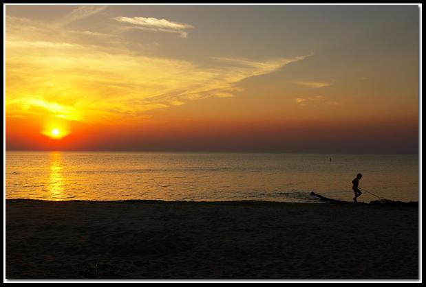 Sundown At The Beach by jasonksmith