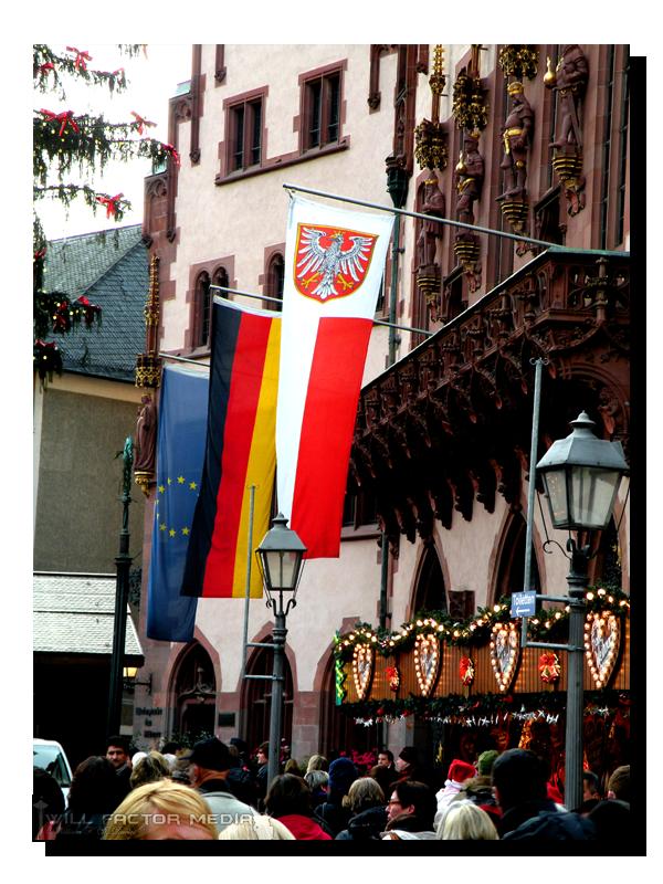 roemerberg flags in frankfurt by willfactormedia. Black Bedroom Furniture Sets. Home Design Ideas