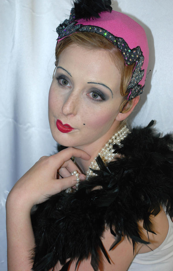 1920s makeup