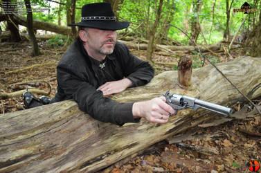 The Gunslinger - Outdoorshooting56 by Joran-Belar