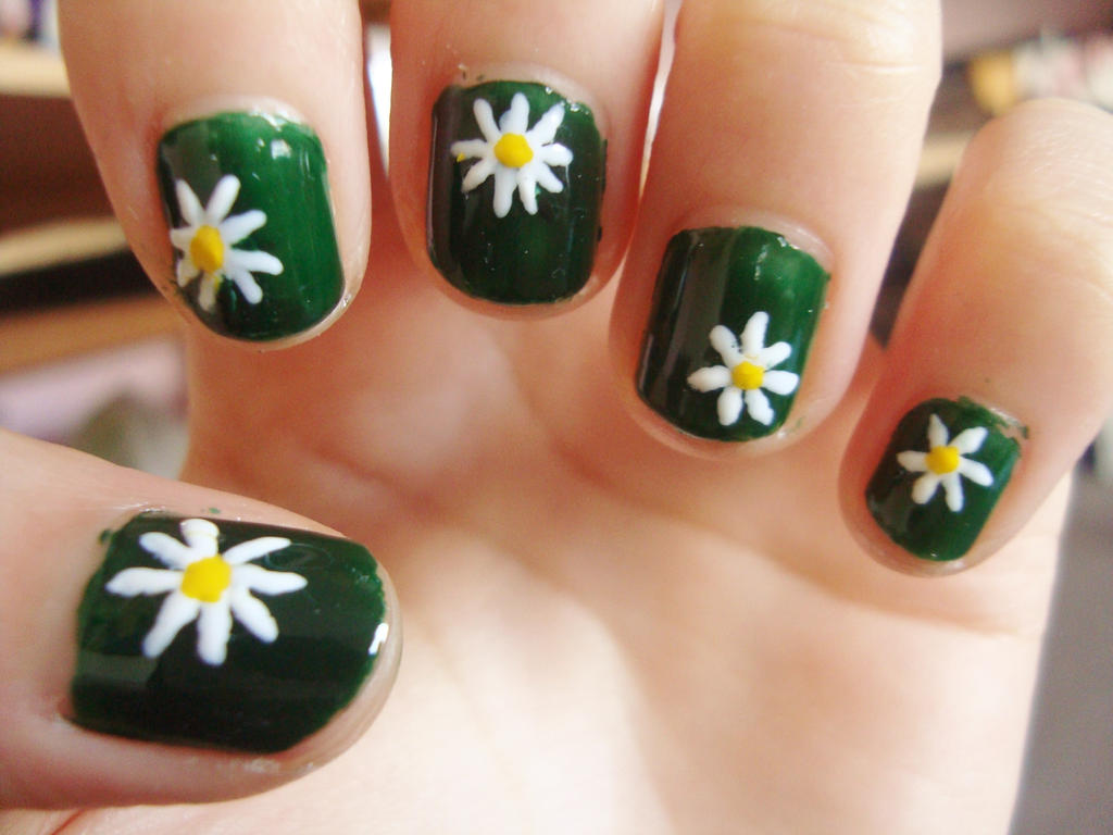 Daisy flower nails by luminousleopard on DeviantArt