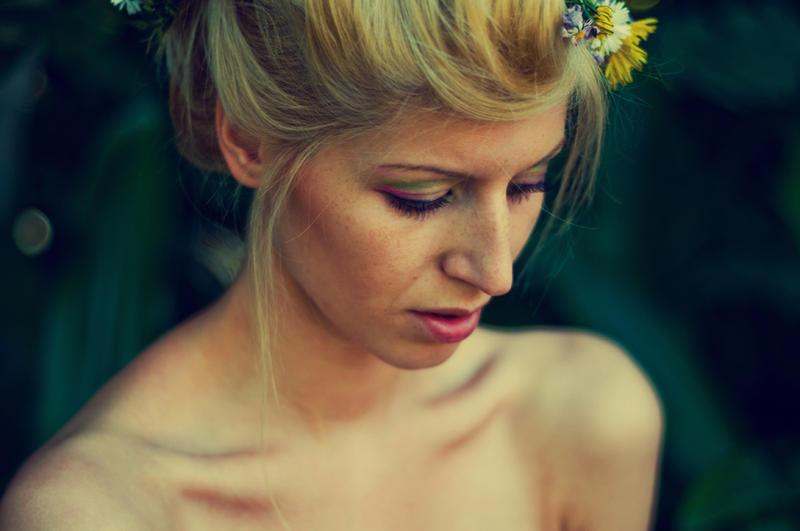 A woman's nature VI by Moosiatko