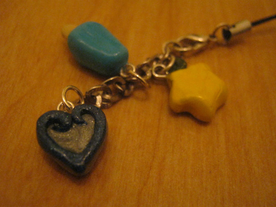Kingdom Hearts phone charms by bunnysmiles