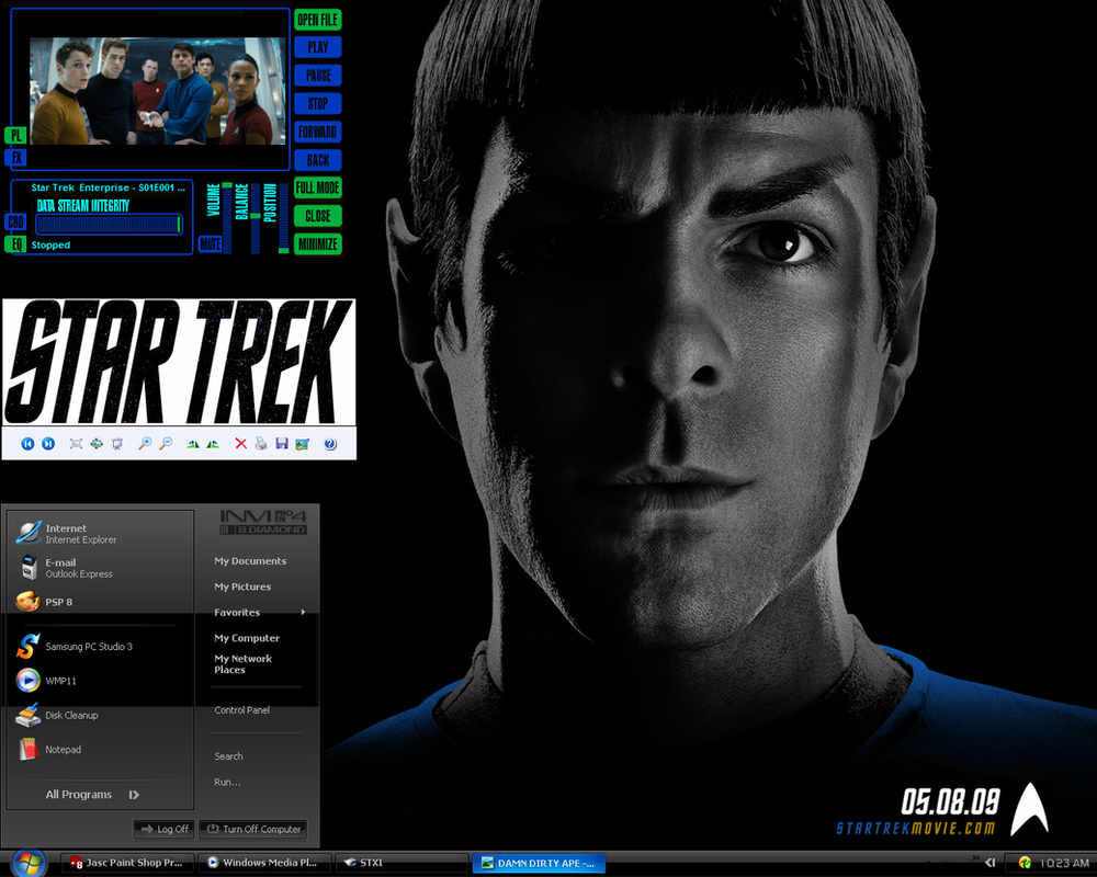 Spock desktop by damndirtyape