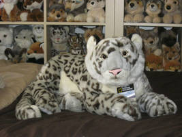 Large Lelly/National Geographic Snow Leopard Plush by ShadoweonCollections