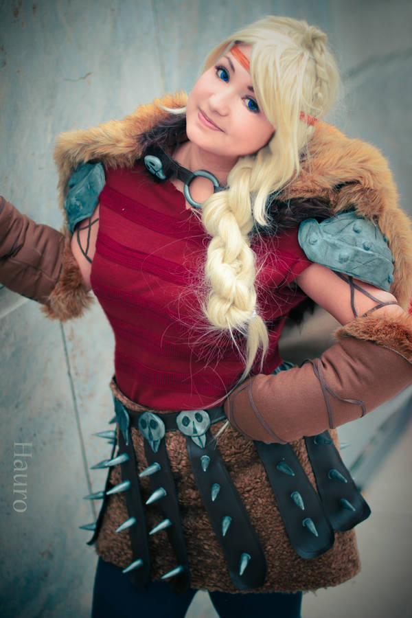 Astrid Hofferson - HTTYD2 by HauroCosplay