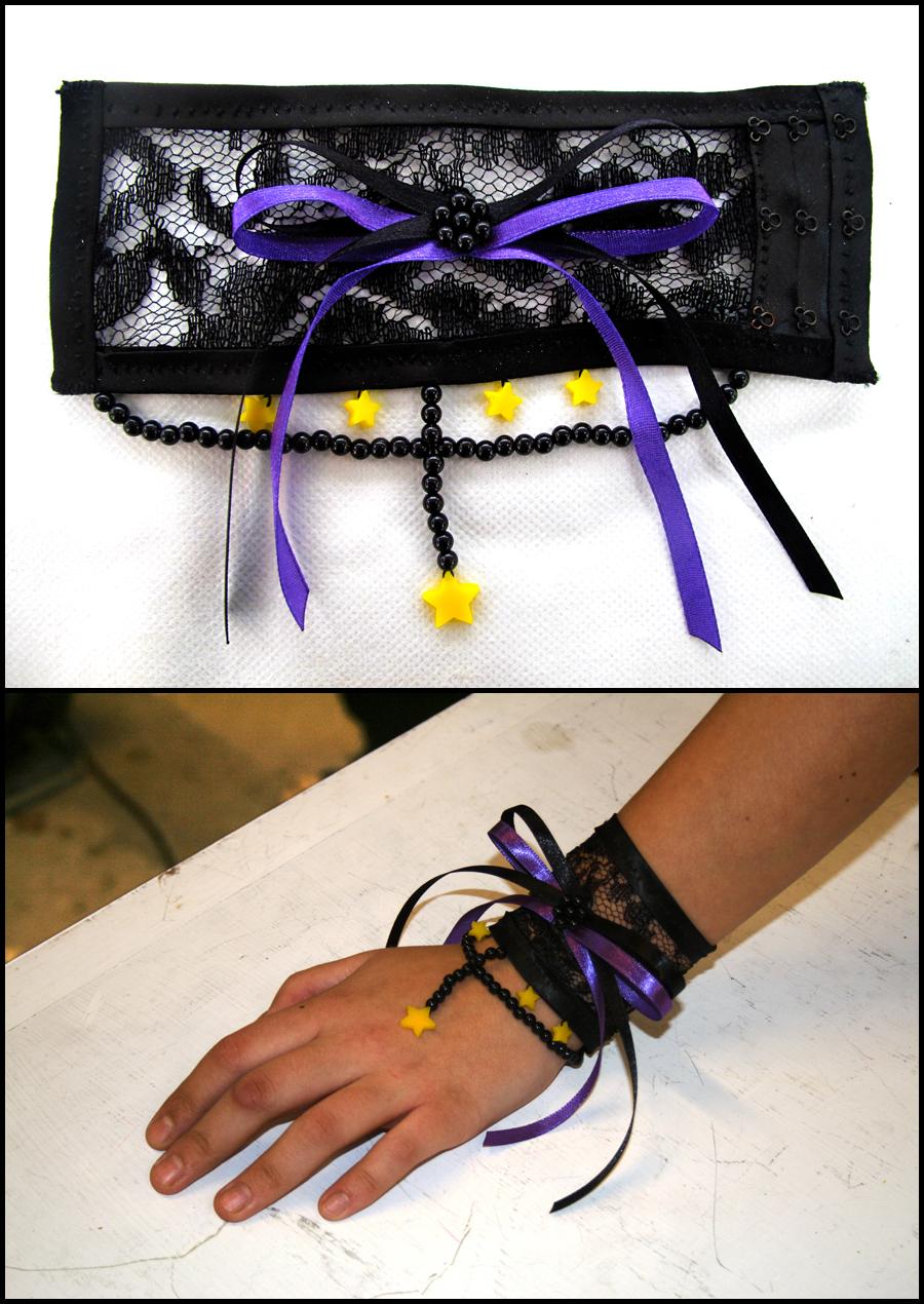 Bracelet by drakedrakedrake