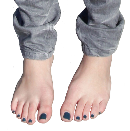 Feet emily osment Is Miley