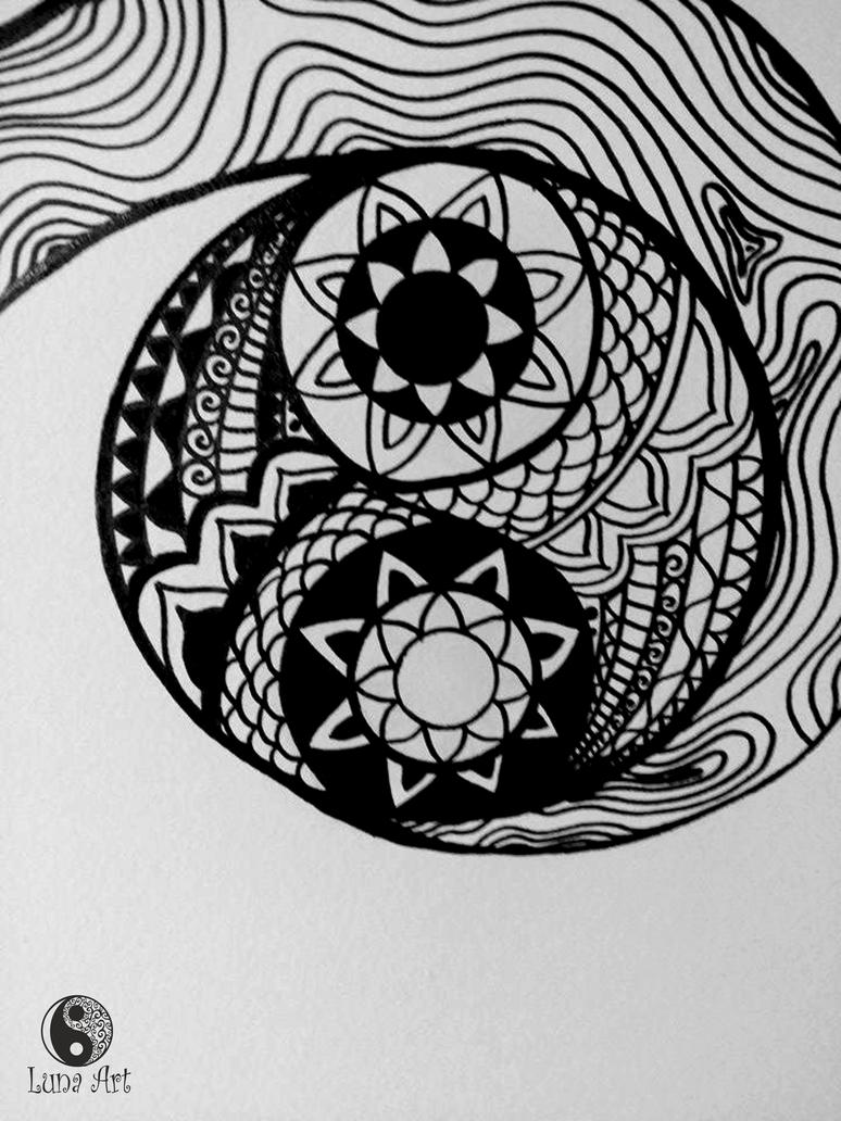 Zentangle yin yang on the wall by xLUNA-ARTx