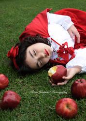 Snow White by AngelAr-Feiniel