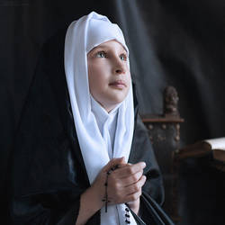 Little nun by Anhen