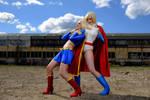 Power Girl vs Supergirl