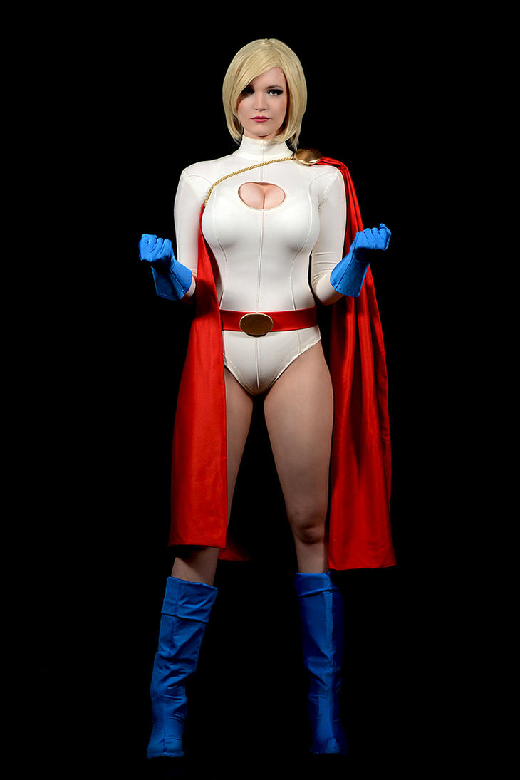 Power Girl cosplay zx