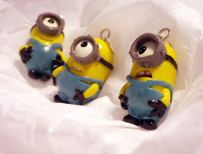 Polymer clay Minions by mikroula