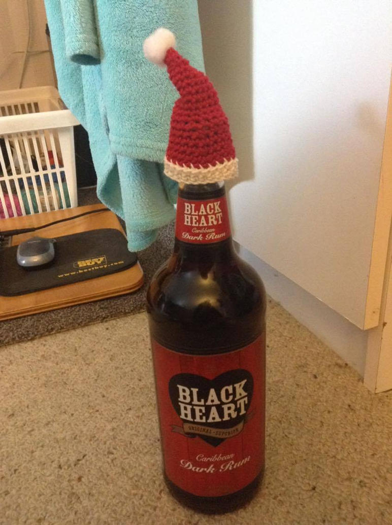 Crochet Santa Hat Bottle Topper by Fluffer2004