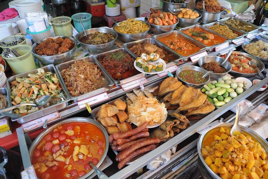 Thai Fast Food (Bangkok, Thailand) by drewhoshkiw