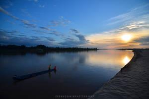 Laotian Sunset by drewhoshkiw