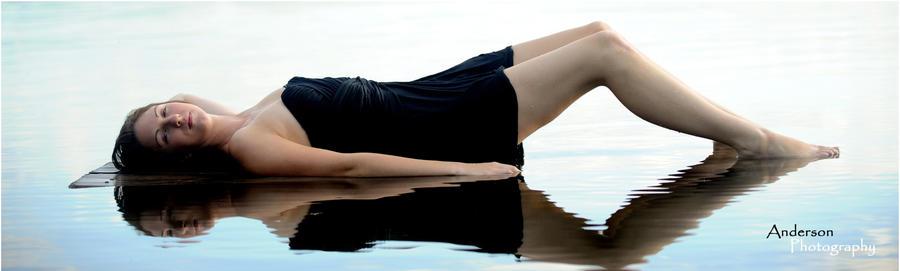 Izrazite svoja osecanja slikom Water_nymph_series__reflection_by_mermaidlair-d4dcb74