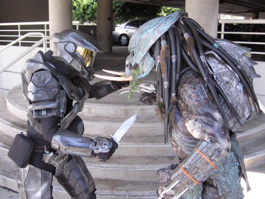 Halo vs. Predator by MrOreo123