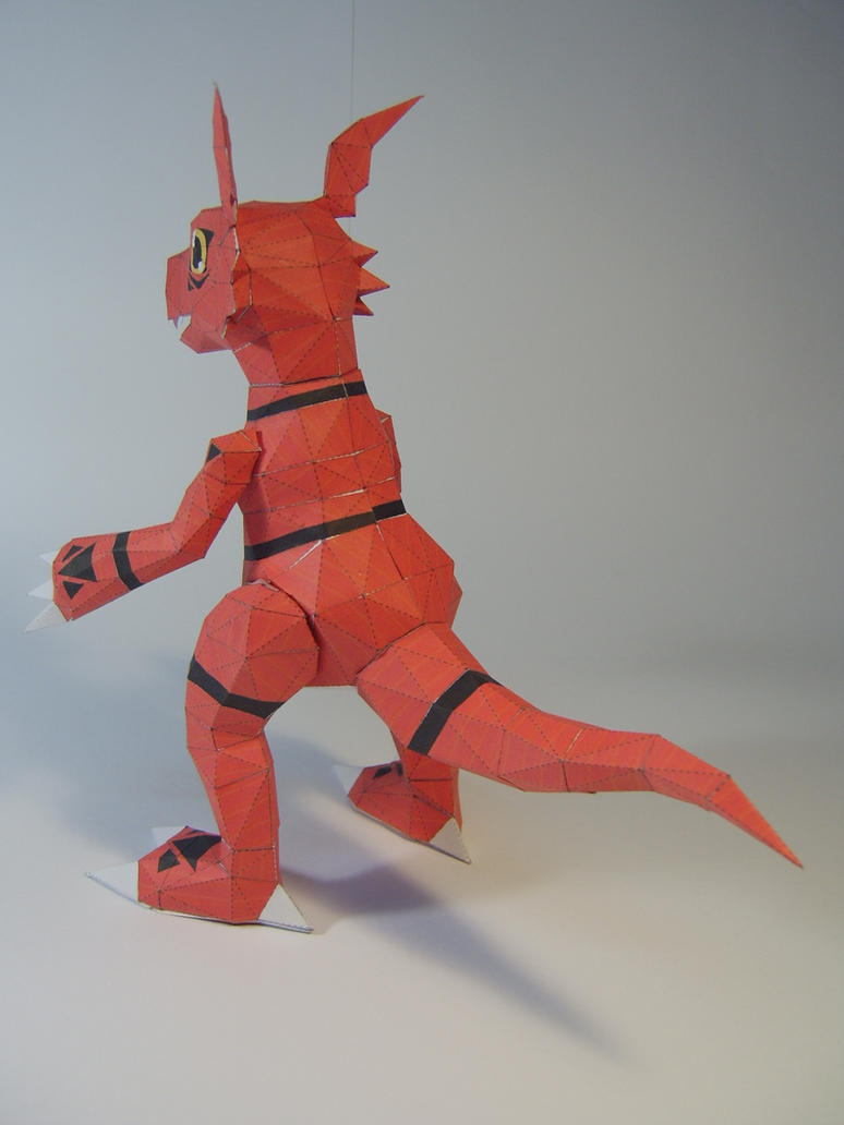Guilmon papercraft .3 by WaChuLeRuXx