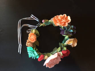Felt Flower Crown by angeldevilland