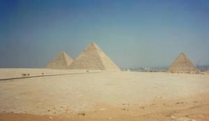 pyramid stock1