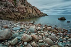 Long exposure at the cliffs by roisabborrar