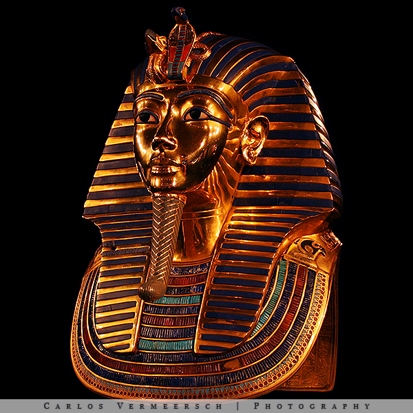 Tutankhamun's Burial Mask by Solrac1993