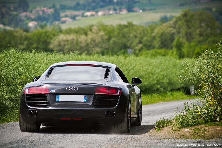 (st)R8 to the bank by Attila-Le-Ain