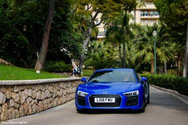 Audi R8 by Attila-Le-Ain