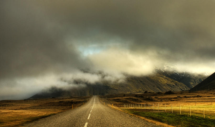 Iceland-in the fog by PatiMakowska