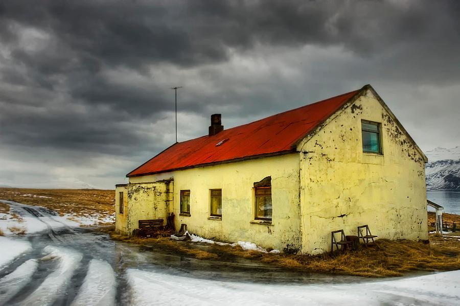 Iceland ... lonely in island by PatiMakowska