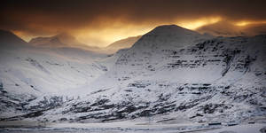 Iceland - power of mountains
