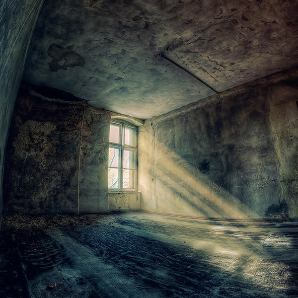 Light and Dark by PatiMakowska