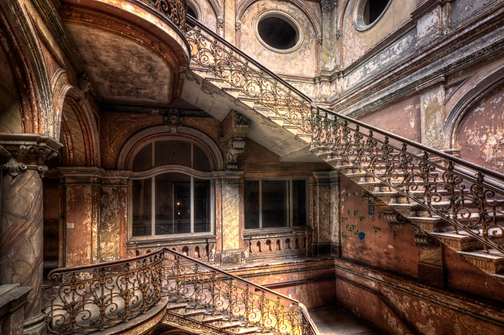 Beauty of the past by PatiMakowska